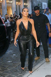 Kim Kardashian Night Out Style – Estiatorio Milos in New York